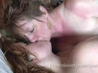 Aunt Kathy Loves Pussy