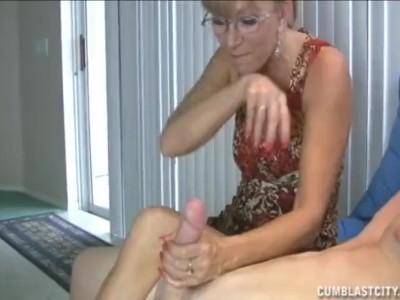 Grannie likes big cocks Granny Loves This Big Cock Pornhub Com