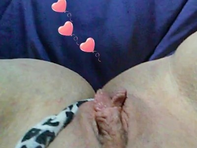 I love eating pussy i lick it clean