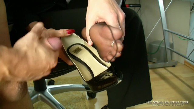 Shoes cum on Cum on
