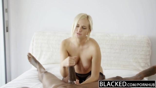 Boss Blondine gefickt schwarzer Von hinten