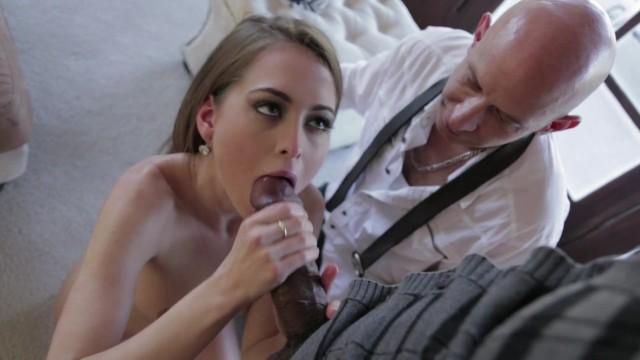 Slutwife Riley Reid Cuckolds Her Loser Husband With Shane Diesel's Monster BBC