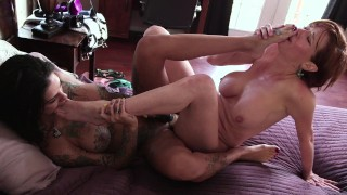 Screen Capture of Video Titled: stepmommy Has Special Love For Her Lesbian stepdaughter Bonnie Rotten