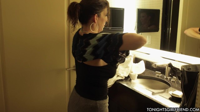 Horny Porn Star Sara Jay Takes a Big Black Dick - Tonight's ...