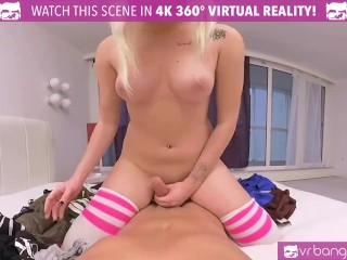 VR Bangers-Sexy Blonde Teen Daizy Lee Suck Her Step Brother Cock
