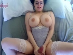 Busty babe showing off her huge tits wh...