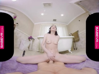 BaBeVR.com Squirting Hottie Aiden Ashley Simulates Sex With You