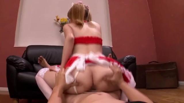 【ティア】激萌えギャル娘が男性客のチンポを自慢のデカパイで挟んでシコシコ奉仕!