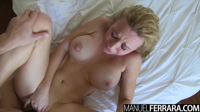 Blond Manuel Titten Ferrara Groß Mutti