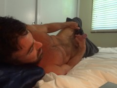 Straight Aussie soldier wakes up and plays with thick cock