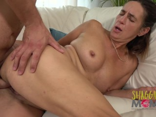 Mature Loves Taking Cock From Young Men With Big Dicks