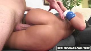 Reality Kings- All natural latina Gianna Nicole shakes her phat ass