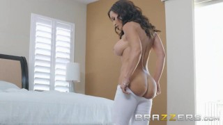BRAZZERS - Our Queen Is Back - Lisa Ann in her first Anal scene