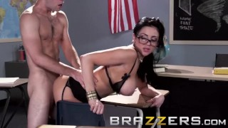 BRAZZERS - Big Tits teacher Audrey Bitoni is here for The Big Things in Lif