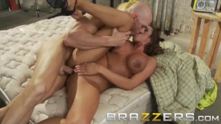 Brazzers - Ariella Ferrera needs to work for her spot in the bunker