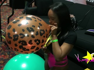 Kassey Starr Exxxotica Denver Blow to Pop