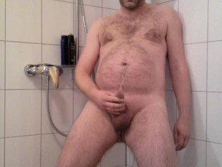 Badezimmer amateur nackt Immer Nackt