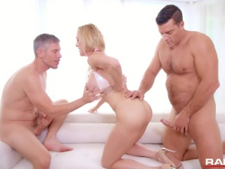 Rammed – Brandi Love gets her MILF pussy used by two cocks