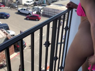 AMBER SKY DOES ASS TO MOUTH WITH BUTT PLUG THEN FUCKS HER ASS ON BALCONY