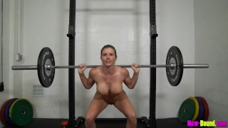 Clip Muscle Milf Works Out Naked - Cory Chase