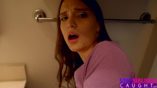 StepSiblingsCaught - Getting Sucked By StepSis While She Pees S8:E10