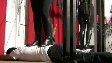 Trampling with My boots