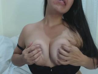 latina boobplay solo