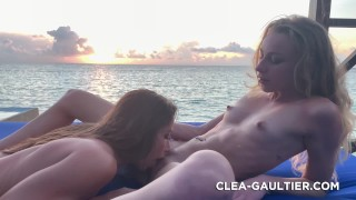 Sextape avec ma copine trop sexy Cléa Gaultier, elle me lèche la chatte