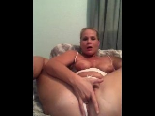 Sexy hot mom sneaks in squirting orgasm before bed