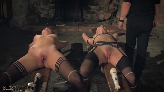 Девушки с сайта ruhub.live согласились сняться в порно