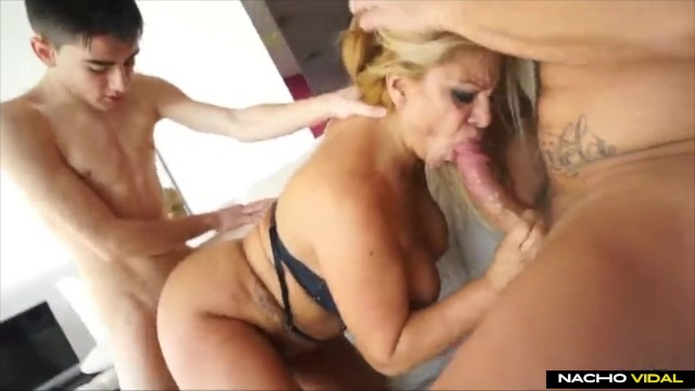 Nacho vidal en videos porno Gran Trio Con Nacho Vidal Y Polla Pornhub Com