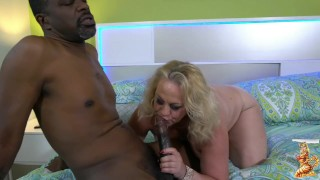 Stunning Summer and big dick Richard Mann in pool games gone wild