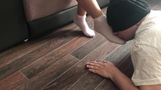 Home facesitting femdomekiss feet in pink socks and pantyhose