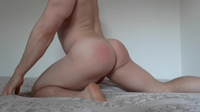 Older lady shows pussy