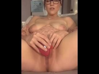 Dirty Talking Orgasming MILF