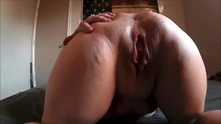 OLD MOM ASS SPREADING AND QWEEFING