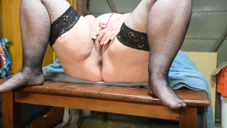 SEDUCED TEEN FINGER FUCKS HIS BBW MILF STEP MOM MAKING HER SQUIRT WILDLY
