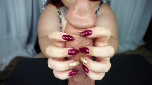 Long fingernail fetish and sex