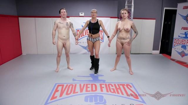 Mixed Sex Nackt Wrestling