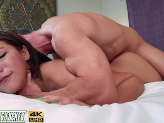 Huge Ass Picked Up & Fucked! Valentina Jewels *FULL VID*