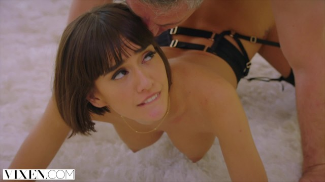 Janice Griffith fickt Mitbewohnerin