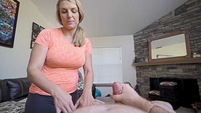Giving Friends Mom Massage