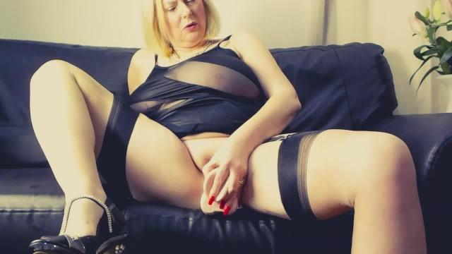 Annabel nackt courtesan Courtesan Annabel
