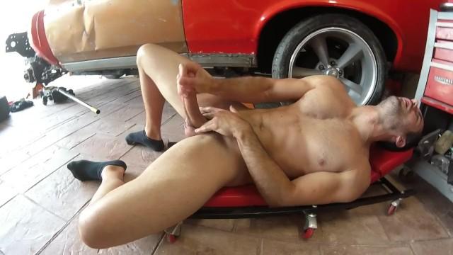 Brock Cooper-Garage Stroke and Cum