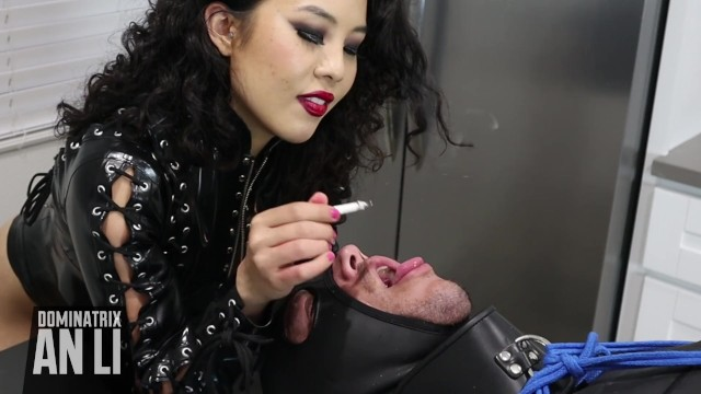 Two Girls Smoking Blowjob