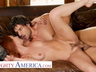 Naughty America – Michelle Miller (Lacy Lennon) craves attention and cock!
