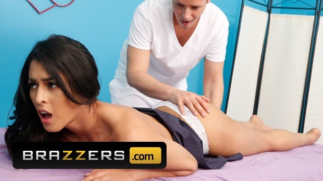 Brazzers - Tigh Latina Sophia Leone gets a massage with a side of cock
