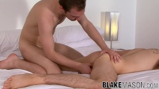 Handsome young Brits passionately kiss and ass breed