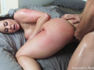 Naughty America – Kendra Lust has noticed that her sofucking in the bedroom