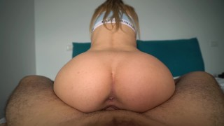 Awesome Girlfriend Begs For Cum in Pussy After Yoga and Gets Huge Creampie